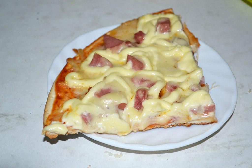 Фото рецепта - Пицца за 10 минут - шаг 8