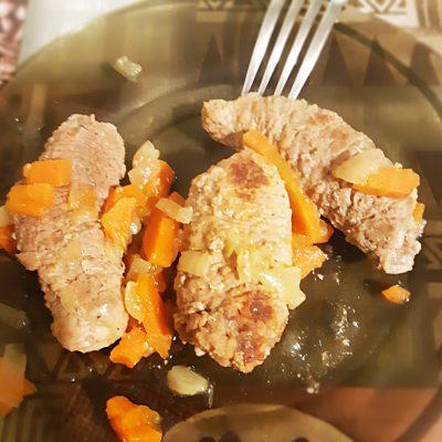 Пальчики из телятины (мясные рулетики) - рецепт с фото