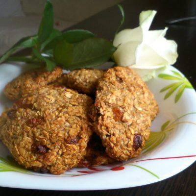 Медовое овсяное печенье с кокосом и бананом - рецепт с фото