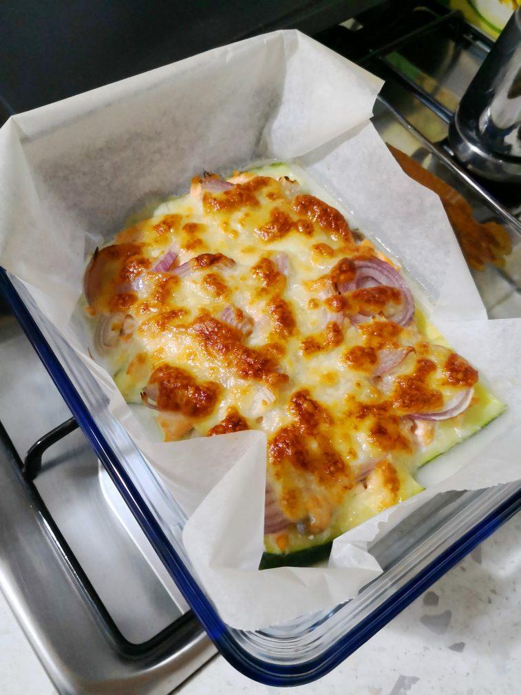 Фото рецепта - Запеканка из кабачков с семгой по-итальянски - шаг 1