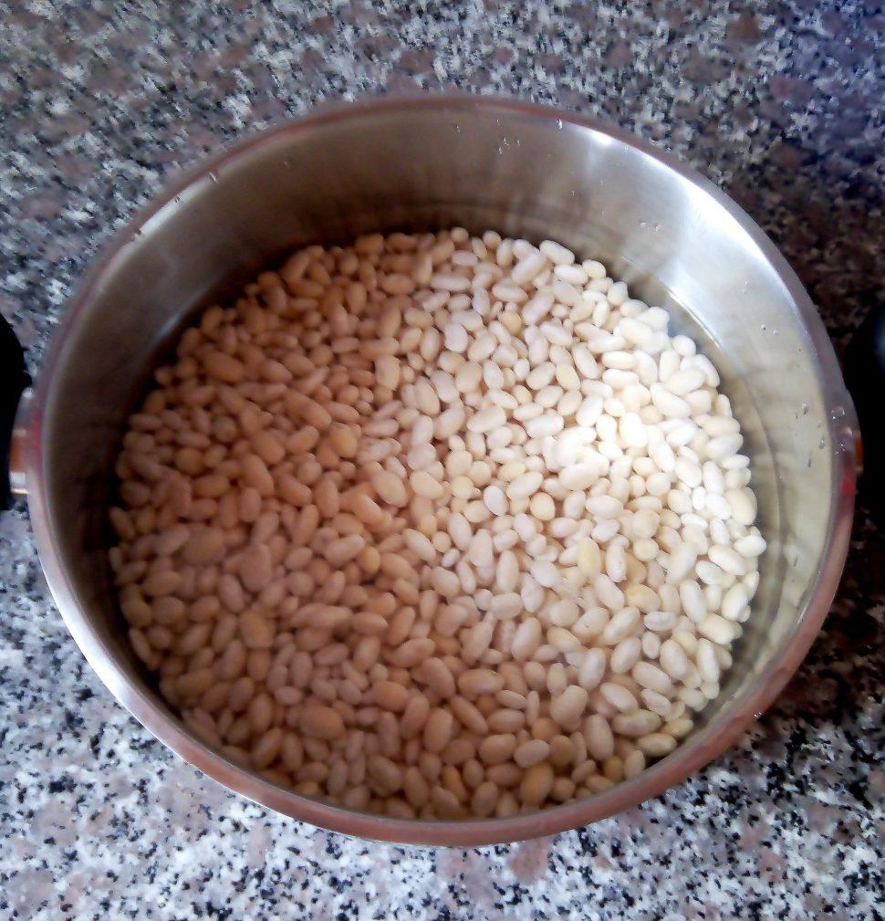 Фото рецепта - Белая фасоль с говядиной по-турецки - шаг 1