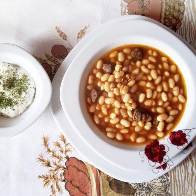 Белая фасоль с говядиной по-турецки - рецепт с фото