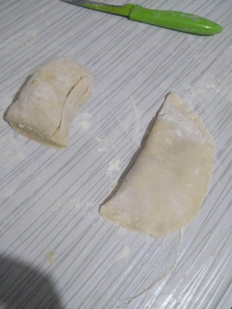 Фото рецепта - Чебуреки с мясом на водочке и кефире - шаг 6
