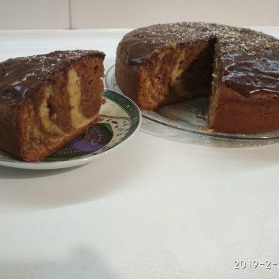 "Фото рецепта - Кекс ""Зебра"" на кефире в мультиварке - шаг 9"