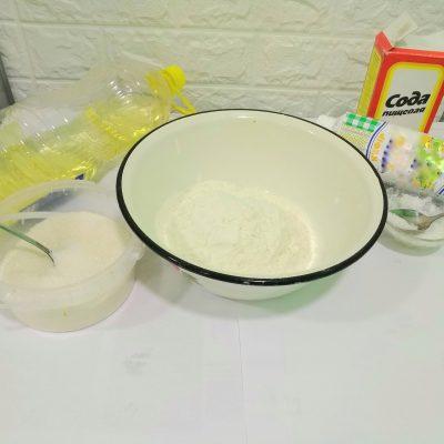 Фото рецепта - Вкусные пирожки на кефире с картошкой - шаг 1