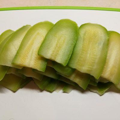 Фото рецепта - Баклажанно-кабачковые сэндвичи с сыром - шаг 1