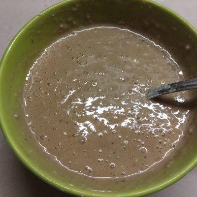 Фото рецепта - Кекс в кружке с какао и кокосовой стружкой (на молоке) - шаг 4