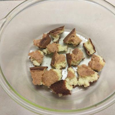 Фото рецепта - Трайфл из бисквита с вишней и творожным кремом - шаг 6