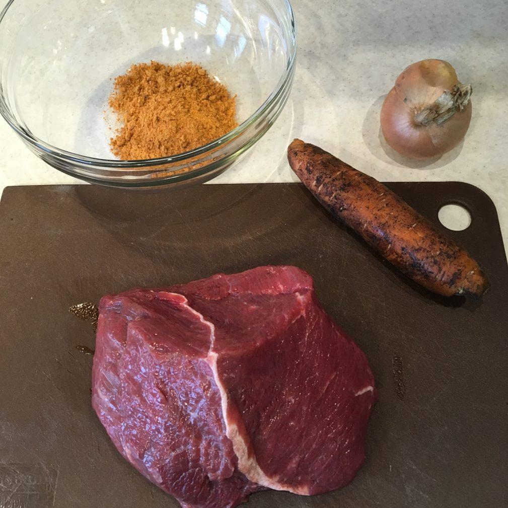 Фото рецепта - Гуляш из говядины, в мультиварке - шаг 1