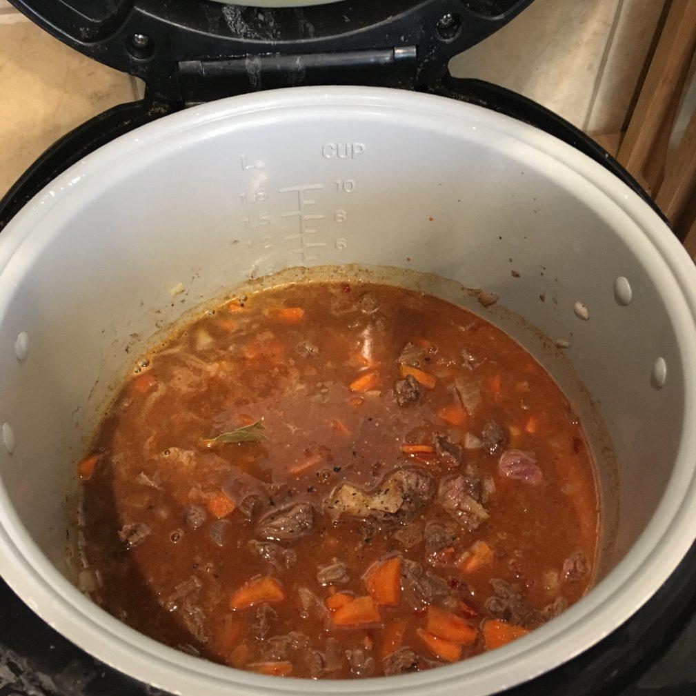 Фото рецепта - Гуляш из говядины, в мультиварке - шаг 6