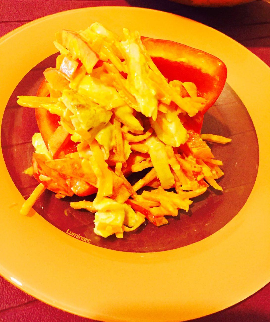Салат с куриными ножками, болгарским перцем и корейской морковкой
