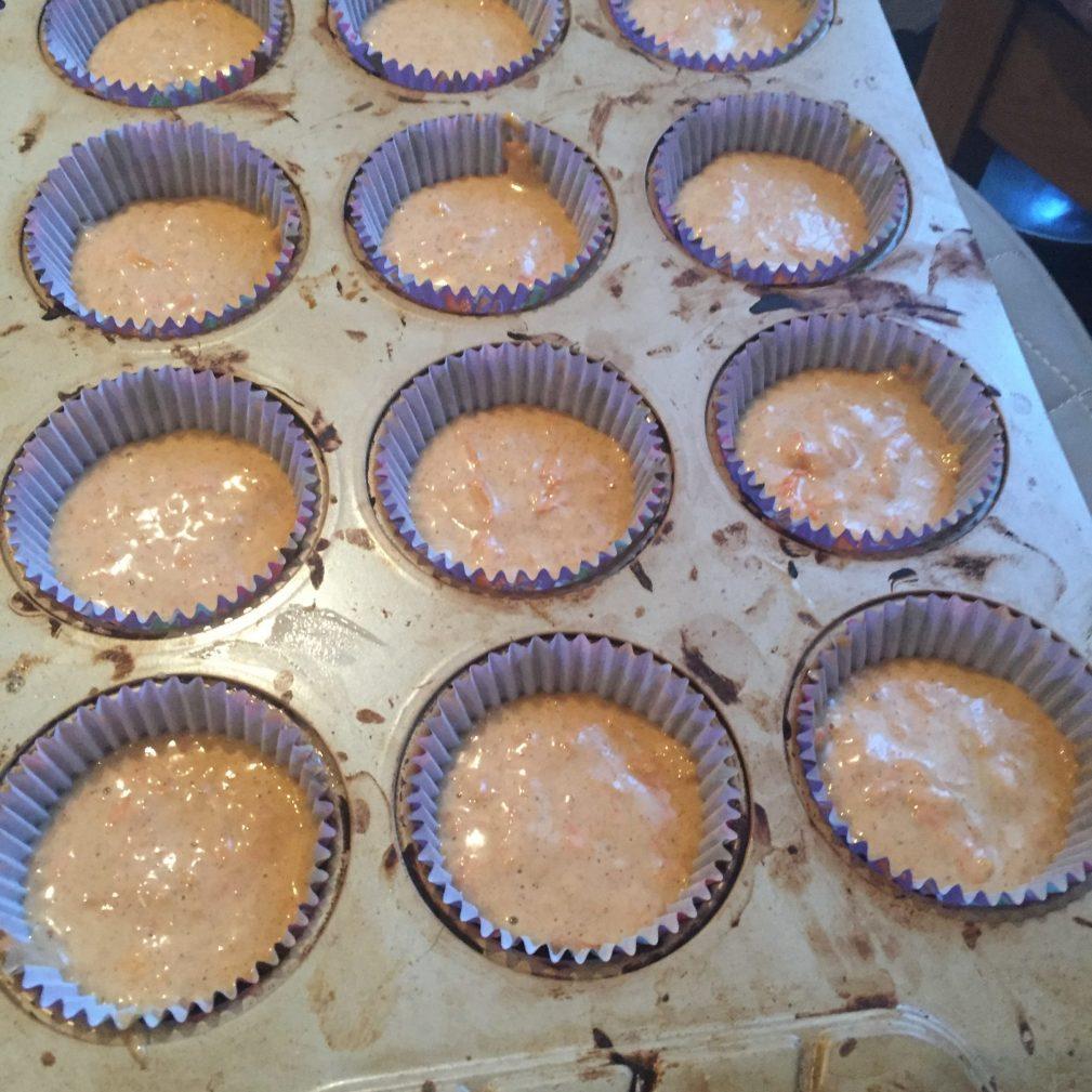 Фото рецепта - Морковно-тыквенные кексы - шаг 7
