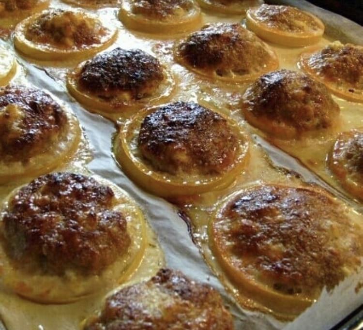 Фото рецепта - Кабачки запеченные в духовке с фаршем - шаг 4