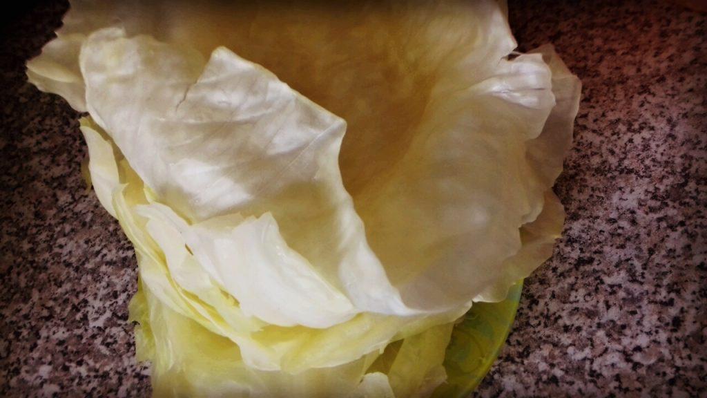 Фото рецепта - Голубцы с фаршем и рисом в подливе - шаг 5