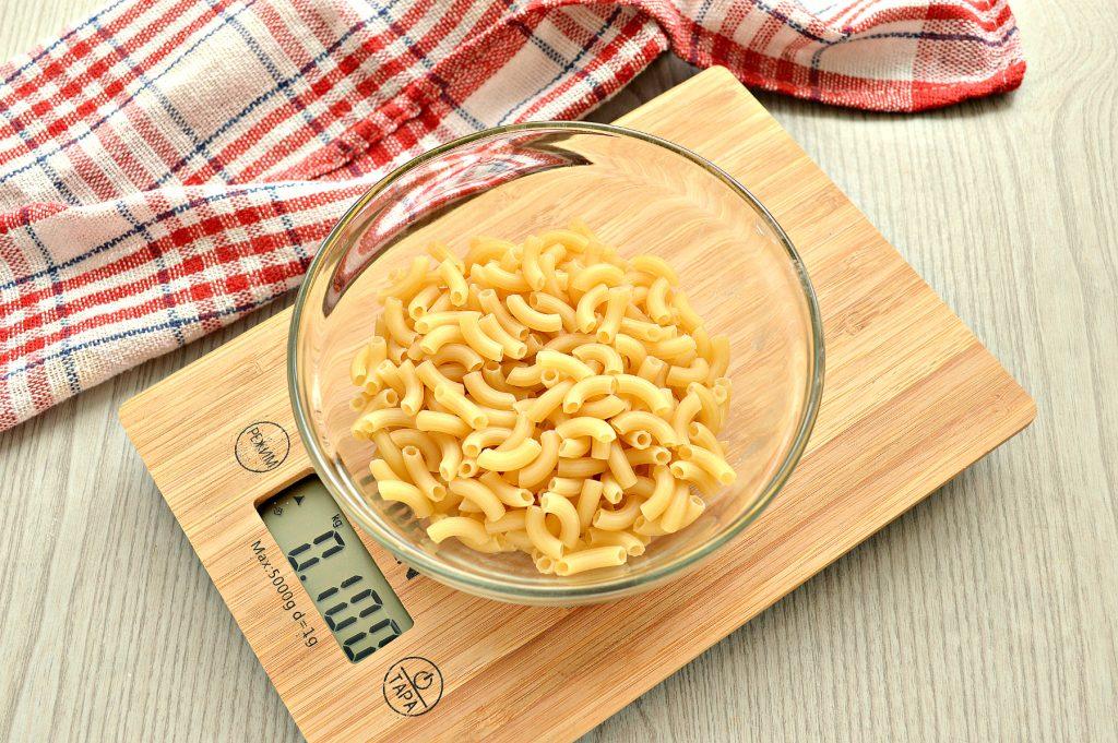 Фото рецепта - Макароны с овощами и сыром - шаг 1