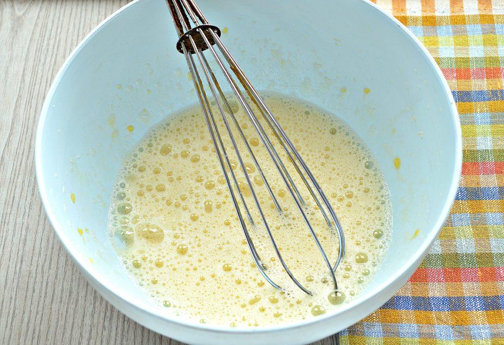 Фото рецепта - Идеальные блины на молоке и сливочном масле - шаг 1