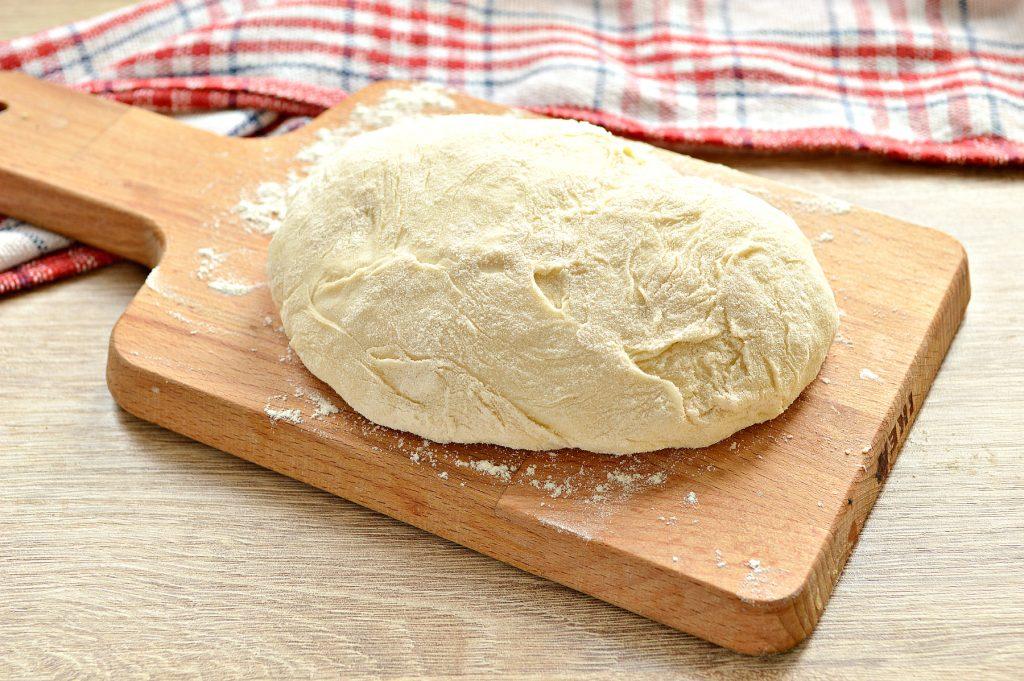Фото рецепта - Лепешки на сковороде с сырной начинкой - шаг 1