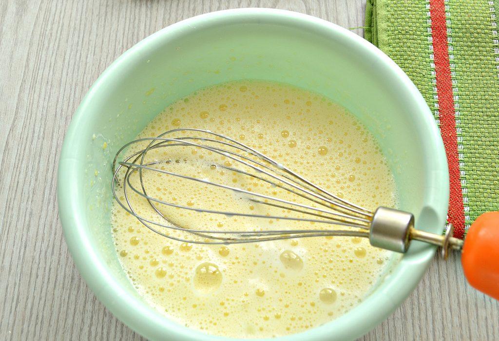Фото рецепта - Толстые блины на молоке - шаг 2