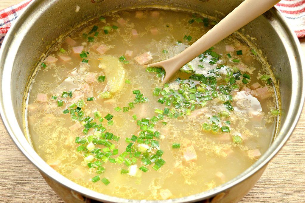 Фото рецепта - Рисовый суп с ветчиной - шаг 5