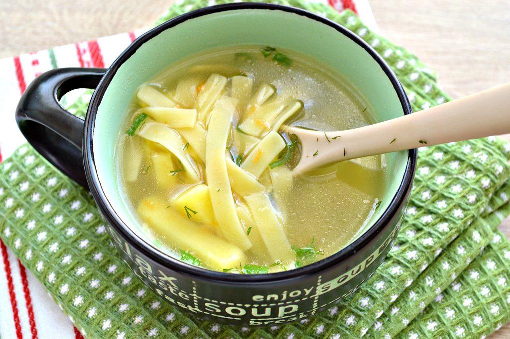 Фото рецепта - Детский суп-лапша на курином бульоне - шаг 6