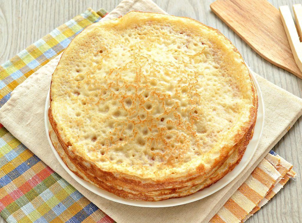 Фото рецепта - Идеальные блины на молоке и сливочном масле - шаг 7