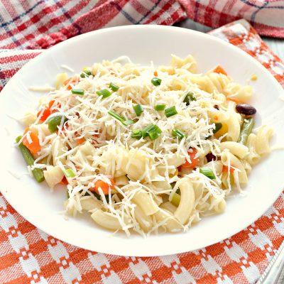 Макароны с овощами и сыром - рецепт с фото