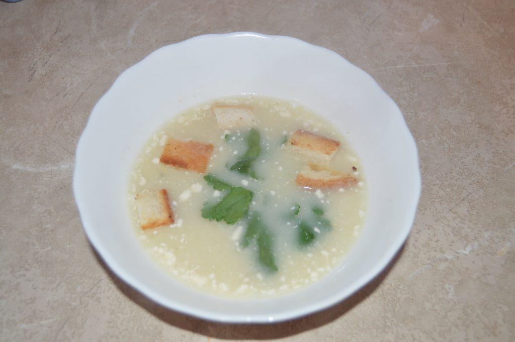Фото рецепта - Сырный крем-суп из мидий с сухариками - шаг 8