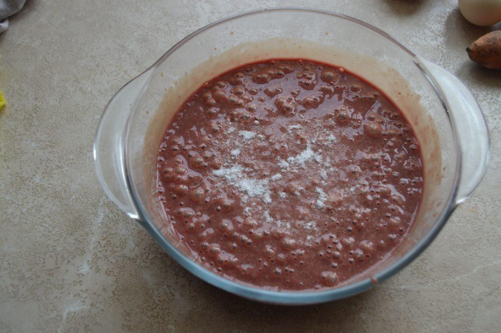 Фото рецепта - Печеночный торт из куриной печени с морковью - шаг 3