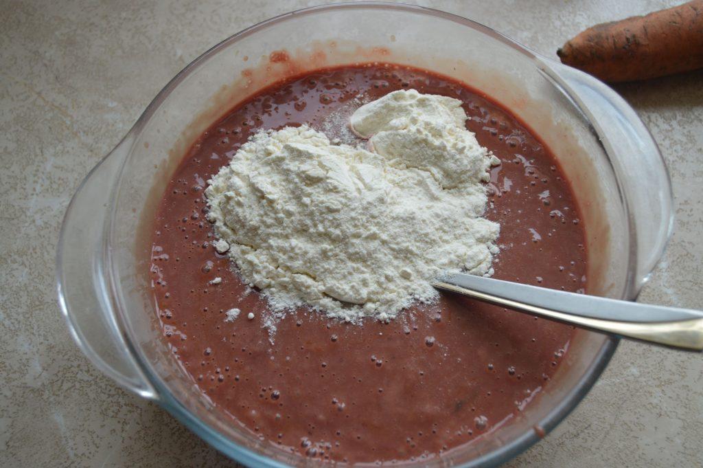 Фото рецепта - Печеночный торт из куриной печени с морковью - шаг 5