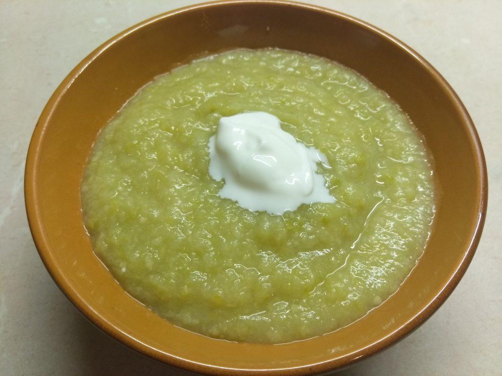 Фото рецепта - Суп-пюре из сельдерея, кабачков и картофеля - шаг 6