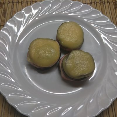 "Фото рецепта - ""Башенки""-гриль из баклажанов, кабачков и колбасы - шаг 7"