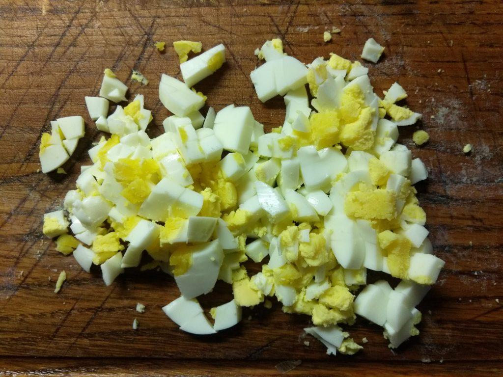 Фото рецепта - Салат из свежих овощей с консервированным тунцом - шаг 1