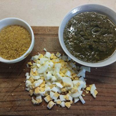 Фото рецепта - Зеленый борщ с охотничьими колбасками на щавеле - шаг 2