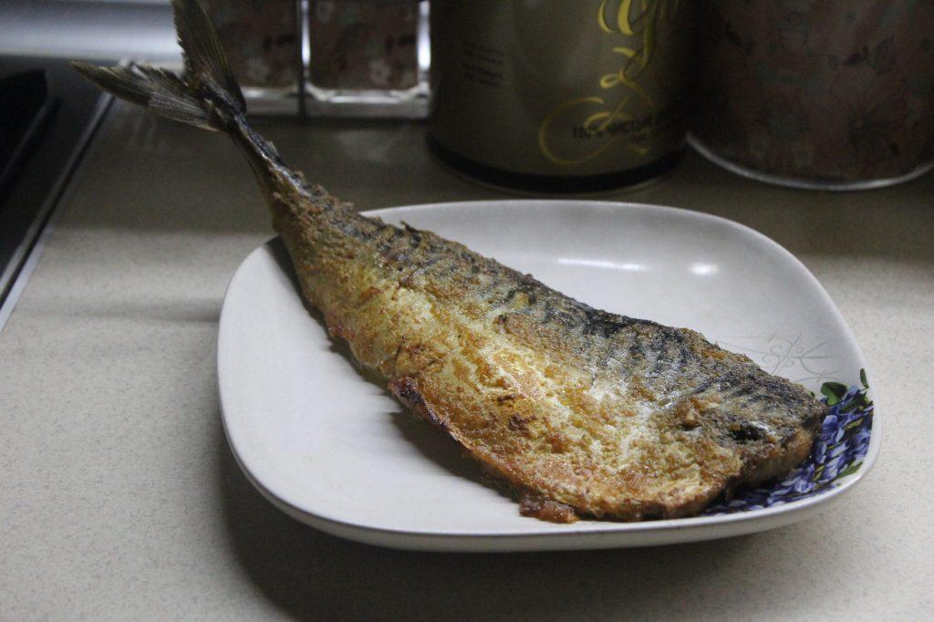 Фото рецепта - Запеченная скумбрия в луковом пюре - шаг 7