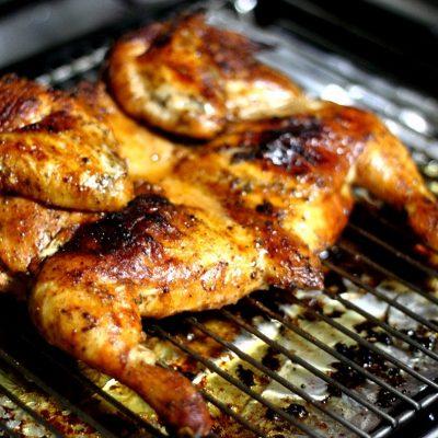 Цыпленок табака маринованный, в духовке - рецепт с фото