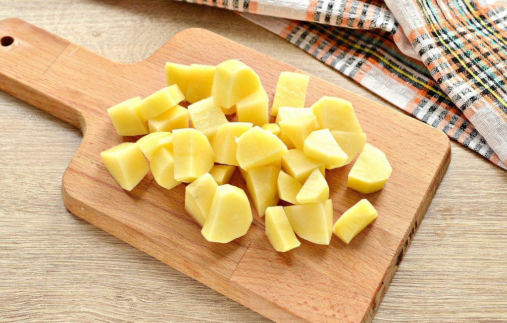 Фото рецепта - Щи из белокочанной капусты с соленым огурцом и телятиной - шаг 2