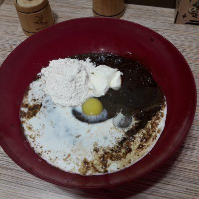Фото рецепта - Печеночный торт из говяжьей печени с овощами - шаг 4