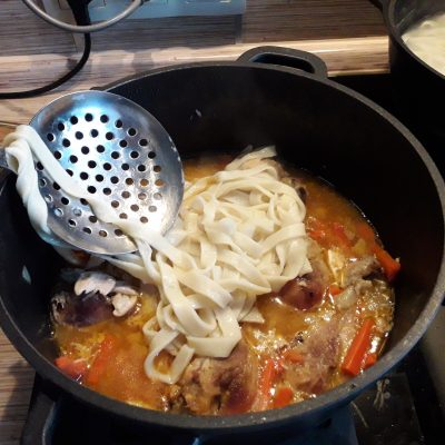 Фото рецепта - Домашняя лапша с курицей - шаг 9