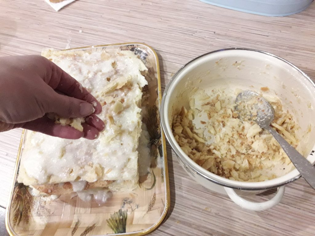 """Фото рецепта - Торт """"Наполеон"""" с заварным кремом - шаг 11"""