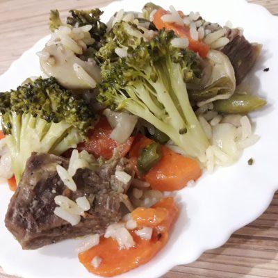 Рис с мясом и овощами - рецепт с фото