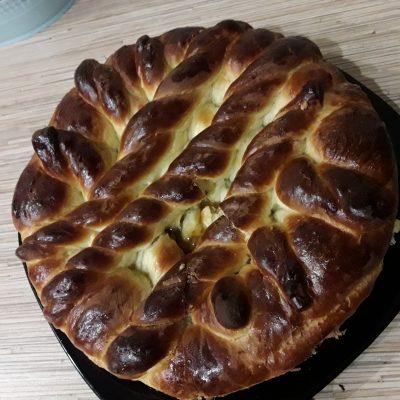 Фото рецепта - Пирог с повидлом на молоке - шаг 13