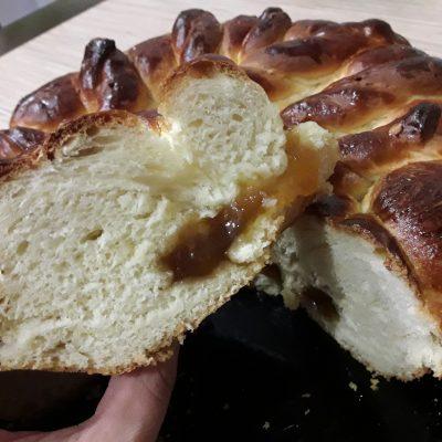 Пирог с повидлом на молоке - рецепт с фото