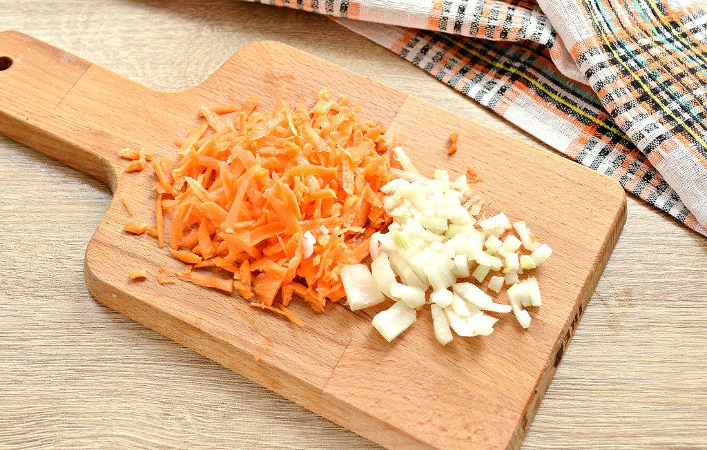 Фото рецепта - Щи из белокочанной капусты с соленым огурцом и телятиной - шаг 3