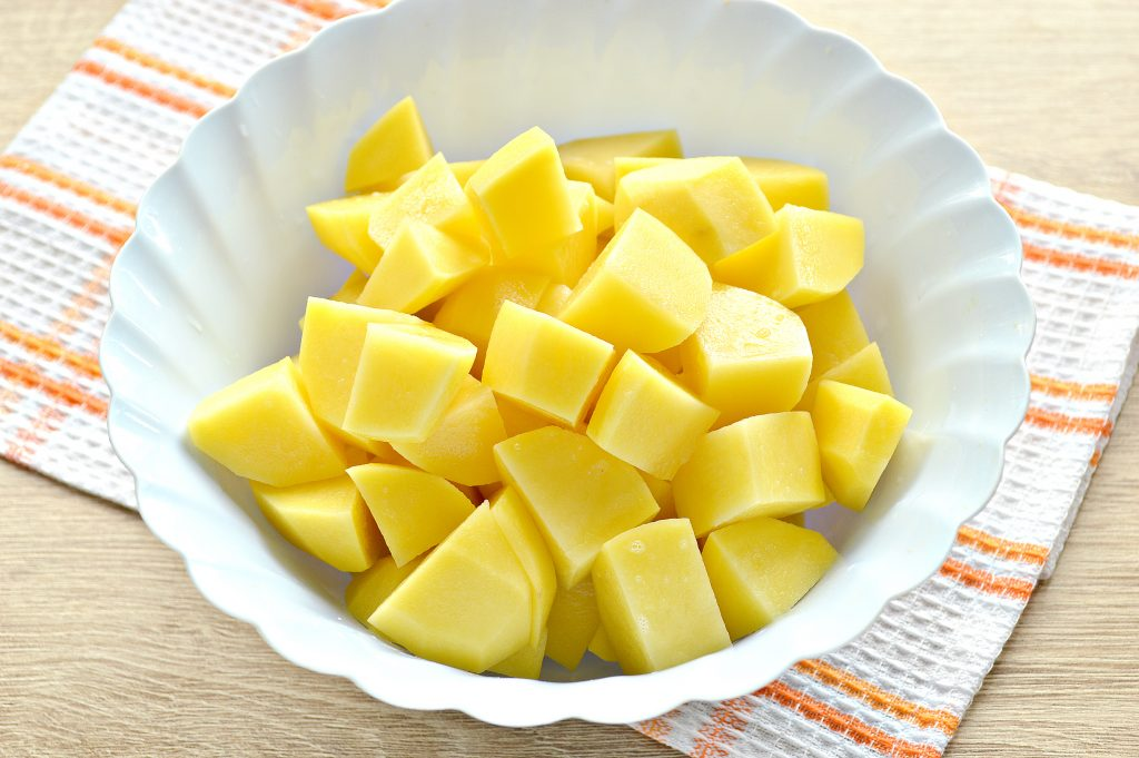 Фото рецепта - Курица кусочками с овощами и картофелем - шаг 3