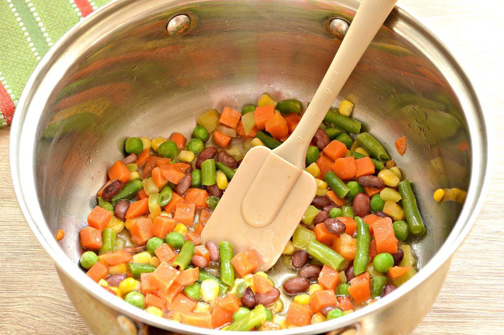 Фото рецепта - Ленивые пельмени с овощами и фаршем - шаг 5