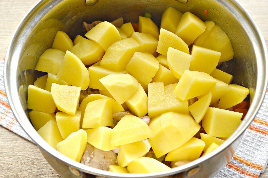 Фото рецепта - Курица кусочками с овощами и картофелем - шаг 5