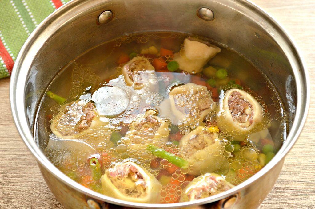 Фото рецепта - Ленивые пельмени с овощами и фаршем - шаг 7
