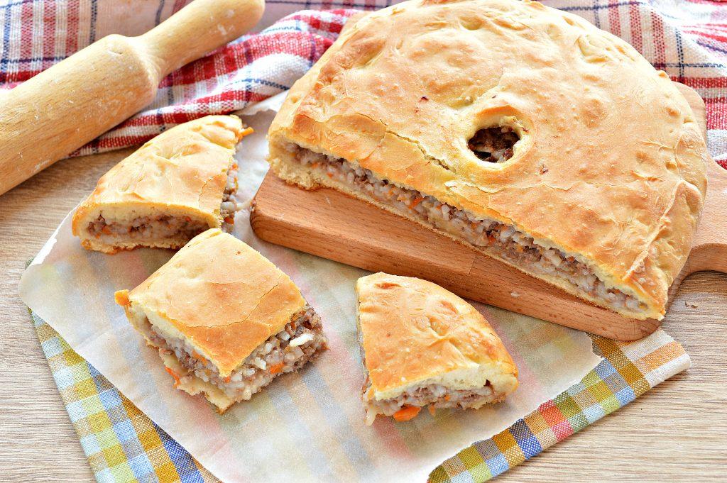 Фото рецепта - Мясной пирог с рисом - шаг 8