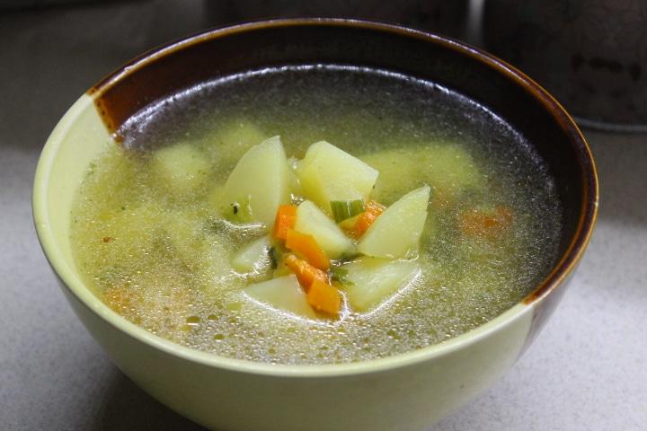 Фото рецепта - Чесночный суп с курицей - шаг 5