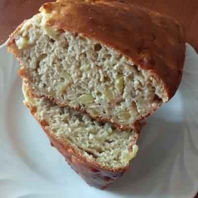 Фото рецепта - Яблочный кекс с корицей и мускатным орехом - шаг 6